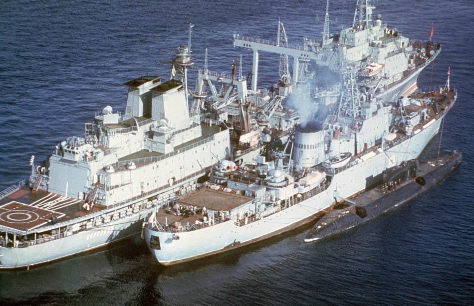 плавбаза подводных лодках