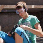 Юный помощник Бундович Николай в процессе подготовки подмакетника