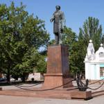 памятник Адмиралу Макарову в Николаеве. 2014 год.