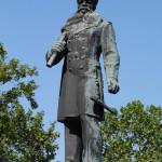 памятник Адмиралу Макарову. 2014 год.