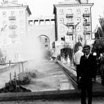 Алексей Байбородин у фонтана в Каштановом сквере