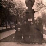 Бюст Макарову. Личный архив Н. Пономаренко