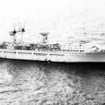 Дальность плавания 22500 миль, автономность до 120 суток. Состав экипажа 120 человек, экспедиции 180 человек.