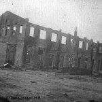 Разрушенный ЧСЗ. Апрель 1944. Фото 126