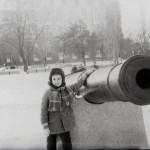 Возле пушки на Флотском бульваре