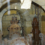 Задвижки в подземной галерее под водонапорной башней.