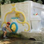 Турецкий фонтан в Яхтклубе. Николаев. 2004 год.