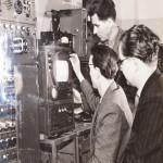 Радиорелейная телевизионная аппаратура для передачи телепрограмм на большие расстояния и многоканальной телефонной связи.