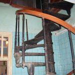 Винтовая лестница в морском госпитале - 5