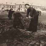 Восстановление стадиона на Темводе. Субботник. Послевоенное фото. 4
